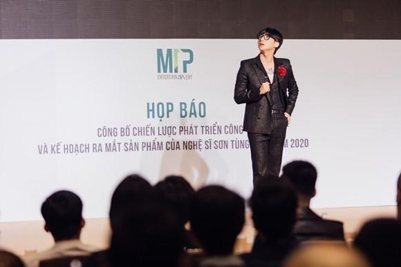 """Sơn Tùng M-TP với kế hoạch """"khủng"""" năm 2020"""