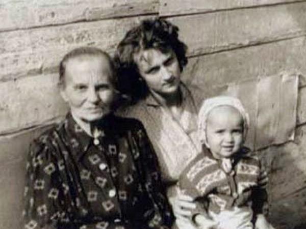 """""""Cuộc sống thời chiến của cha mẹ tôi đầy khắc nghiệt nhưng không hận thù"""" ảnh 3"""