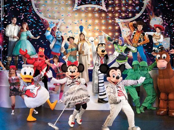 25 nhân vật hoạt hình Disney đổ bộ Hà Nội ảnh 1