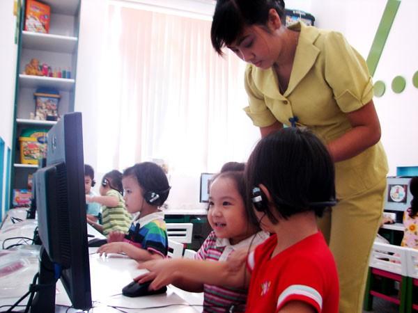 Học tiếng Anh mầm non: Cho trẻ học sớm nhưng phải đúng phương pháp ảnh 1