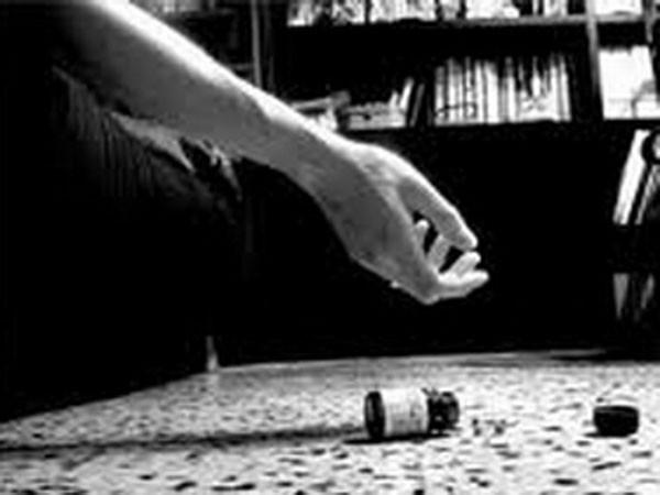 Tình trạng tự tử trong các gia đình: Quẫn quá hóa dại ảnh 1