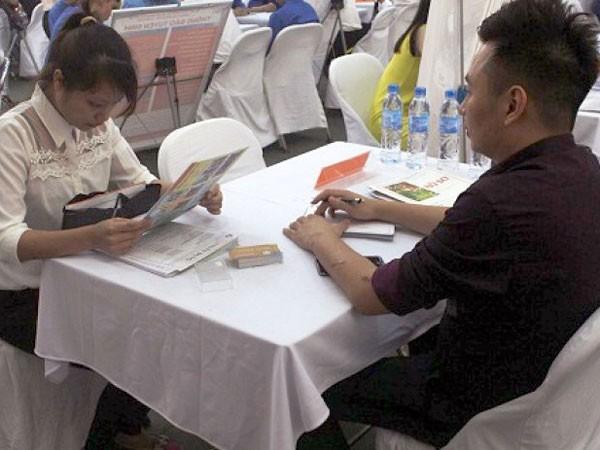 Cử nhân thất nghiệp: Đổ xô học kỹ năng mềm ảnh 1