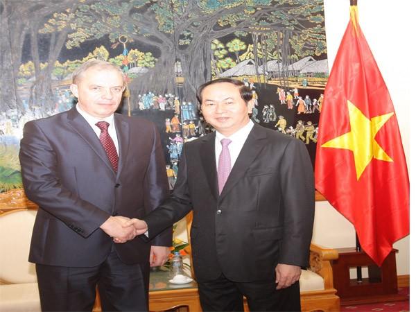 Hội đàm cấp cao giữa Bộ Công an Việt Nam và Ủy ban An ninh quốc gia Cộng hòa Belarus ảnh 1