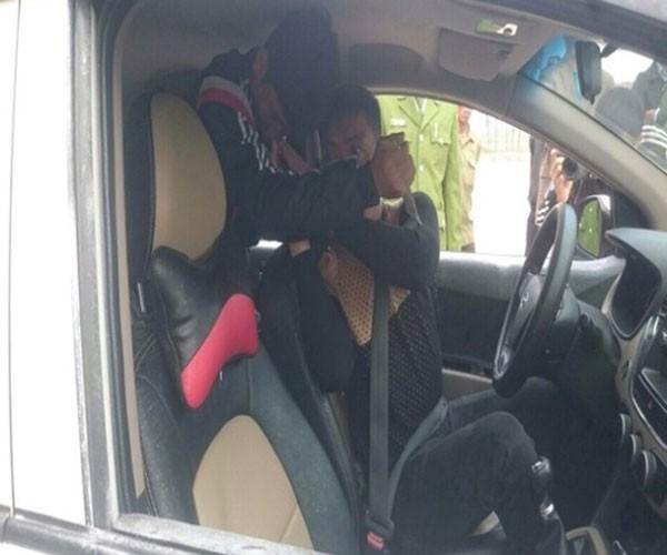 Nhờ bức phác họa chân dung, bắt gọn tên cướp taxi ảnh 2
