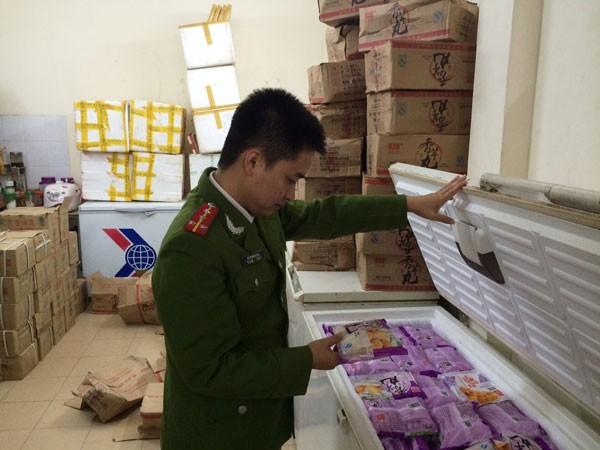 Tạm giữ 600 gói khoai môn lậu do Trung Quốc sản xuất ảnh 1