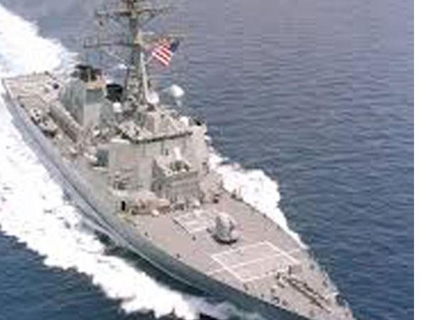 Tàu khu trục Mỹ tuần tra sát Hoàng Sa ảnh 1