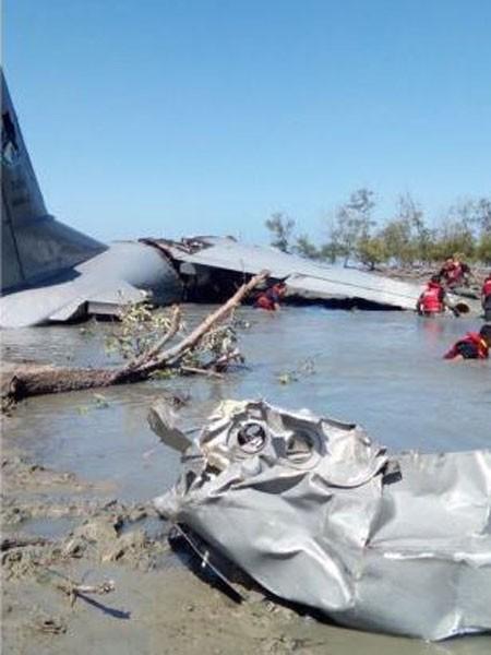 Liên tiếp tai nạn máy bay rơi ảnh 1