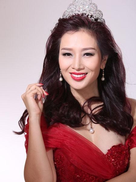 Á hậu Quý bà Thu Hương làm giám khảo Mrs World 2016 ảnh 1
