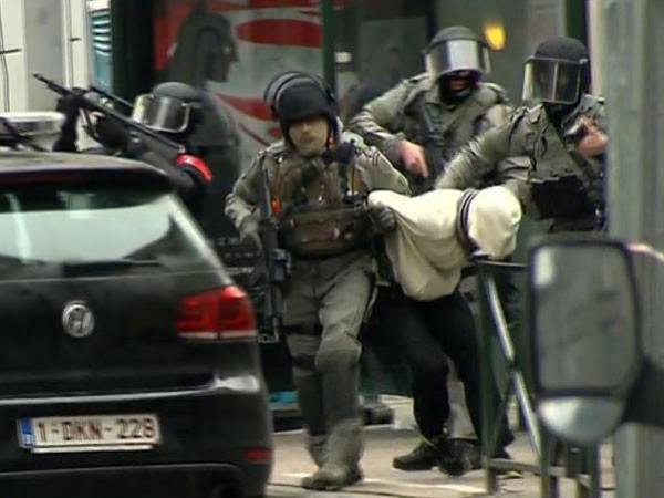 Nghi can khủng bố Paris bị bắt vì đơn đặt hàng pizza ảnh 1