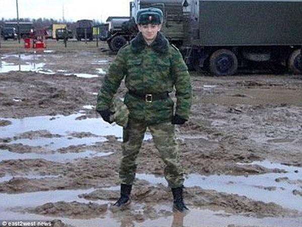 Người lính Nga dũng cảm hy sinh để dội bom tiêu diệt hàng chục tên khủng bố ảnh 3