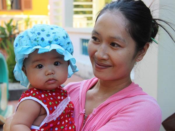 Thái Bình Hải Thùy, em bé sắp tròn 6 tháng tuổi là công dân nhỏ tuổi nhất ở Trường Sa