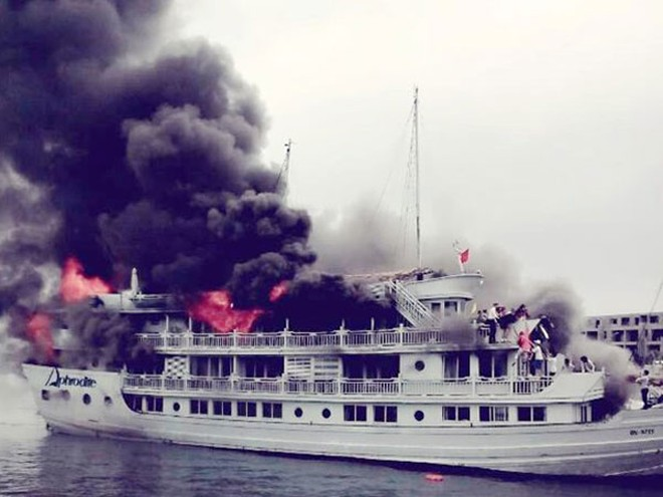 Những vụ cháy tàu xảy ra đang ảnh hưởng không nhỏ đến hình ảnh du lịch Hạ Long