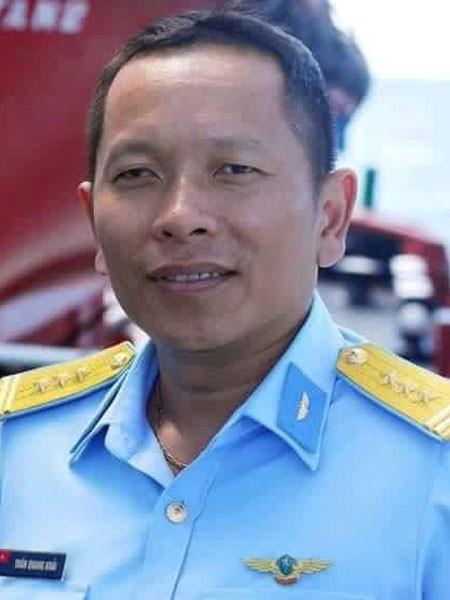 Đưa tang và hỏa táng thi hài Đại tá phi công Trần Quang Khải ảnh 3