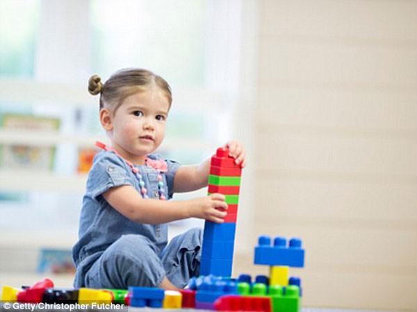 Đồ chơi bằng nhựa tăng nguy cơ mắc bệnh truyền nhiễm