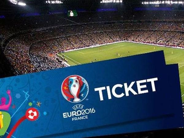 """Website lừa đảo, """"cò"""" vé hoành hành Euro 2016"""