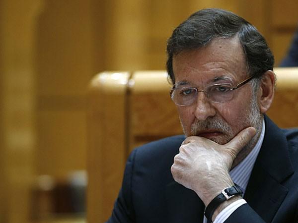 Thủ tướng Tây Ban Nha Mariano Rajoy từng phải xin lỗi người dân về bê bối tham nhũng liên quan tới lãnh đạo đảng cầm quyền