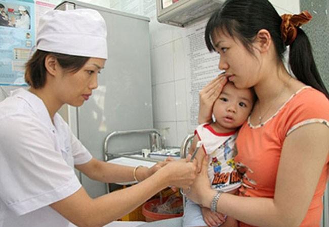 Cấp miễn phí 10.000 liều vaccine bạch hầu cho Bình Phước