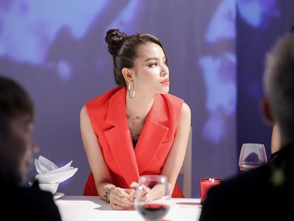 """Phạm Hương được cho là nhận đóng vai """"ác"""" trong chương trình """"The Face"""""""