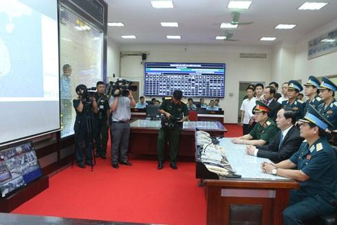 Chủ tịch nước Trần Đại Quang tham gia Sở Chỉ huy của Quân chủng Phòng không - Không quân