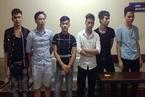 Số nhân viên bị tổ công tác CAP Nguyễn Trung Trực kiểm tra đưa về cơ quan công an để làm rõ