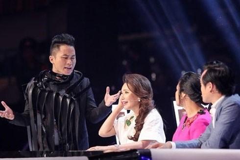 Ca sĩ Tùng Dương: Tôi không phải con rối để nhà tổ chức giật dây!