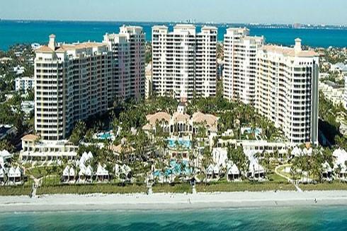 Căn hộ của đệ nhất phu nhân Mexico nằm trong khu căn hộ cao cấp và nhìn thẳng ra biển Florida