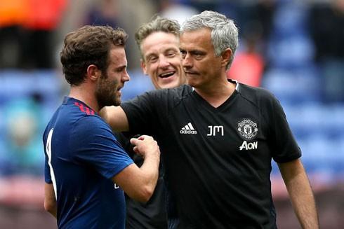 Mourinho đã thổi vào M.U một luồng gió mới