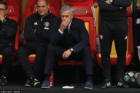 Mourinho cần phải nhanh chóng đưa ra các giải pháp nếu muốn vực dậy M.U