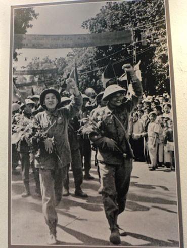Đoàn quân chiến thắng trở về (10-10-1954)