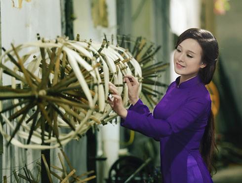 Đẩy mạnh phát triển làng nghề bằng cách kết hợp với các tour du lịch Ảnh: Đinh Văn Linh
