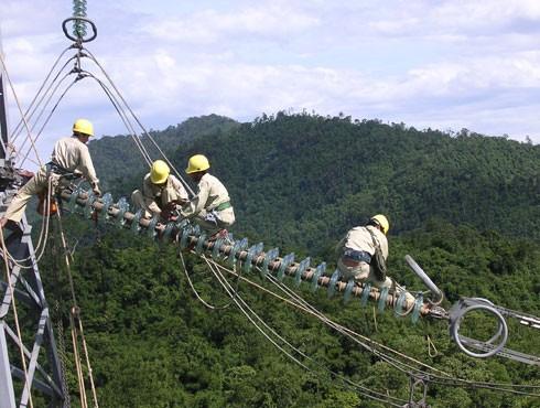 EVN đã yêu cầu EVNNPT dừng ngay việc xây dựng Đài vinh danh Công trình truyền tải điện 500 kV Bắc Nam