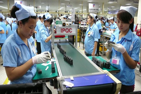 Thủ tướng Nguyễn Xuân Phúc yêu cầu hỗ trợ để các doanh nghiệp tạo đà phát triển