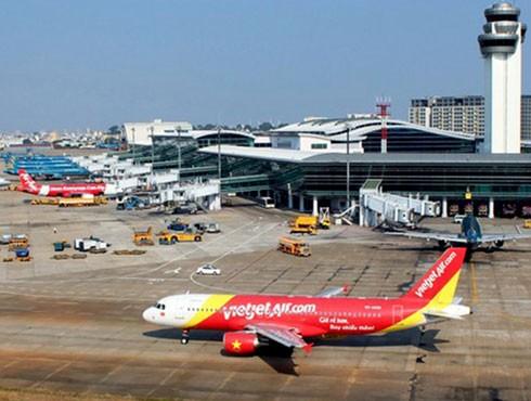 Các sân bay sắp hết chỗ đỗ tàu bay
