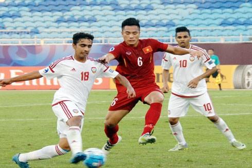 U19 Việt Nam (áo sẫm) đang đứng trước cơ hội lần đầu lọt tốp 8 đội mạnh nhất châu Á