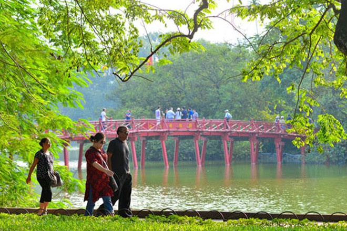 Hà Nội đón 4 triệu du khách quốc tế trong năm 2016