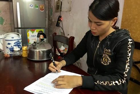 Chị Vũ Hà Phương - vợ nạn nhân Hoàng Văn Trấn
