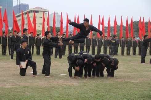 CBCS Tiểu đoàn Cảnh sát cơ động đặc nhiệm số 1 tập luyện chuẩn bị cho lễ kỷ niệm