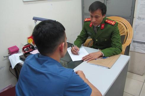 Đại úy Đào Mạnh Cường luôn tỷ mỷ, trách nhiệm trong từng phần việc