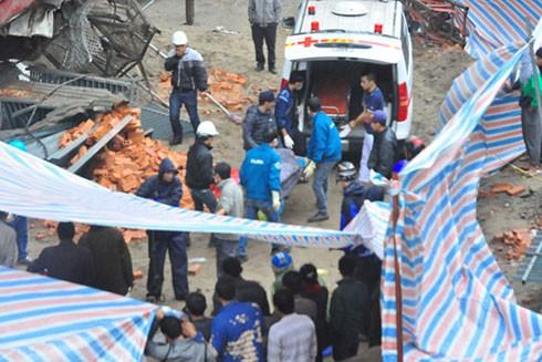 Một vụ tai nạn thang vận tại công trình trên địa bàn phường Lĩnh Nam cuối năm 2015