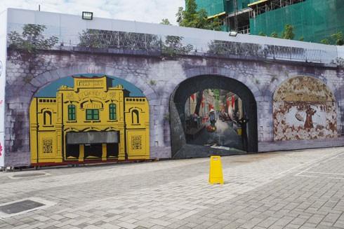 Vẽ bích họa trên phố Phùng Hưng: Nghệ thuật nhưng đừng quá hàn lâm ảnh 1