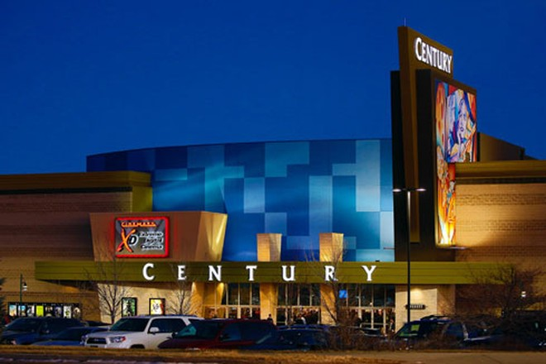 Rạp chiếu phim Century 16 ở Aurora, Colorado đã được cải tạo và mở cửa trở lại