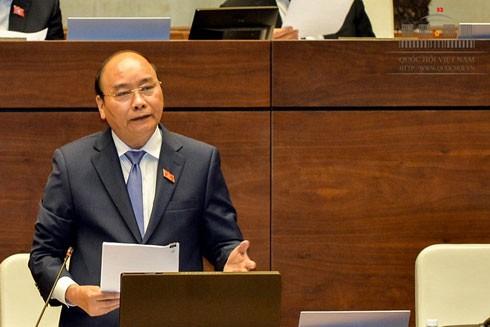 Thủ tướng Chính phủ Nguyễn Xuân Phúc trả lời chất vấn trước Quốc hội, chiều 18-11