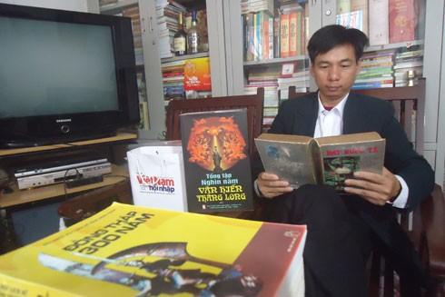 Thầy giáo Phùng Hoàng Anh và những cuốn sách quý