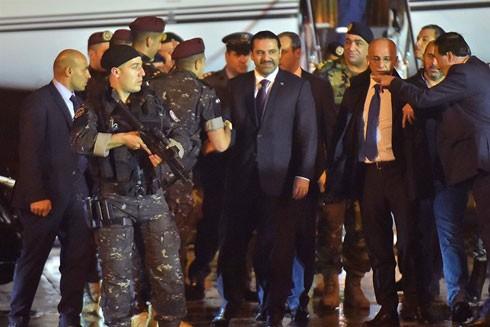 Kiểm soát an ninh chặt chẽ khi Thủ tướng Saad al-Hariri bước xuống sân bay