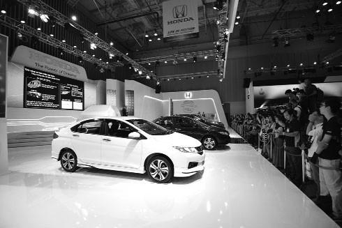 Sau khi Honda và Toyota tuyên bố không xuất khẩu xe sang Việt Nam, giá nhiều loại xe đã tăng