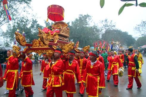 Chấn chỉnh các hiện tượng tiêu cực, trả lại nét đẹp vốn có của lễ hội truyền thống