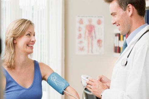 10 xét nghiệm sức khỏe phụ nữ trên 40 tuổi phải làm