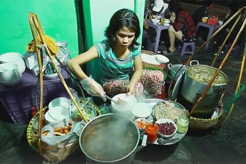 Phở Gánh - thứ quà đường phố nổi danh trong ký ức Hà Nội