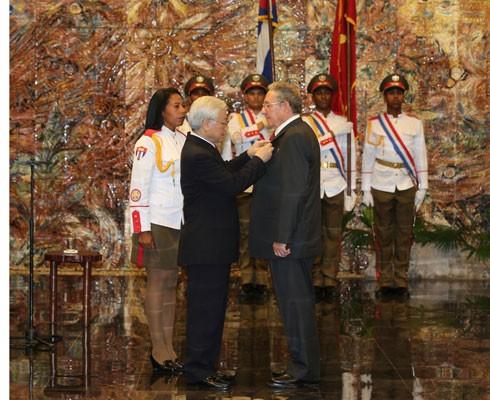 Việt Nam trước sau như một, luôn dành tình cảm hữu nghị, đoàn kết chân thành với Cuba