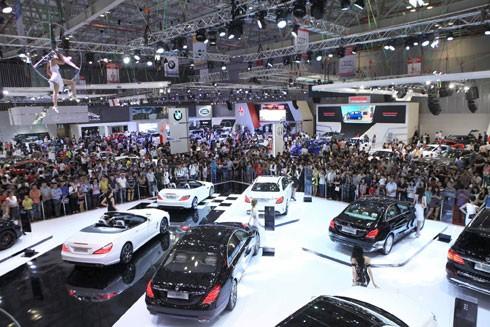 Thị trường ô tô đang đầy sôi động sau khi hàng nhập khẩu giá mềm từ các nước ASEAN vào Việt Nam
